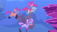 Cutie Mark Crusaders scuba diving S1E18