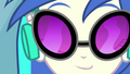 DJ Pon-3 nods her head to the beat EG2.png