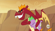 Distorcionado molestando a Spike