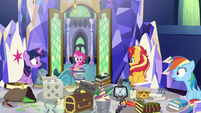 Equestrian Pinkie Pie enters throne room EGSB