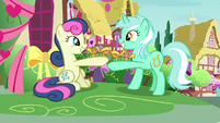 Lyra and Bon Bon exchange Hearts and Hooves presents S8E10