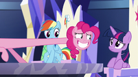 Pinkie backs up her legs and lengthens her neck S5E19