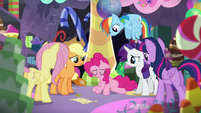Pinkie feels down S5E11