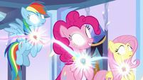 RD, Pinkie, and Fluttershy freed from Sombra's control S9E1