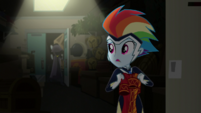 Rainbow Dash looking behind her EGS2