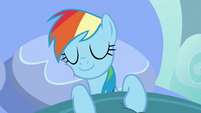 Rainbow Dash sleeping in bed S7E23