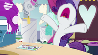 "Rarity ""I miss my Sweetie Belle!"" S7E6"