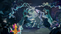 Smolder and Ocellus find Gallus and Silverstream S8E22