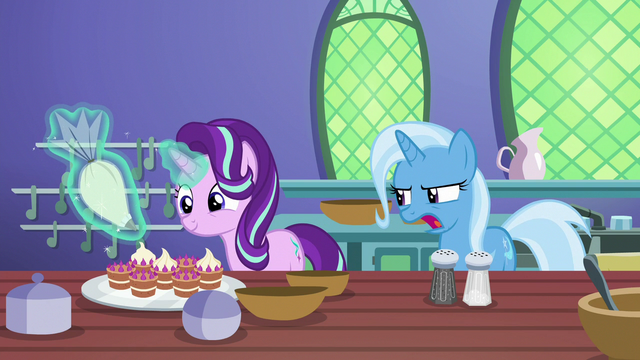 """File:Trixie """"how come it's not working?"""" S7E2.png"""