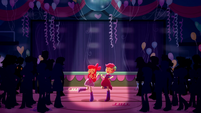 Apple Bloom and Scootaloo start to dance SS3