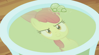 Apple Bloom and bubbling potion S4E15