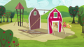 Applejack, Big McIntosh, Apple Fritter and Meadow Song raising the barn S3E03.png