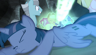 Bolt of magic strikes Twilight's friends S5E1