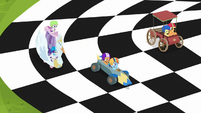 Crusaders' carts racing on a checkered flag S6E14