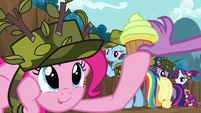 Pinkie Pie given a cupcake S2E21