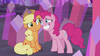 Pinkie apologizing to Applejack S5E20