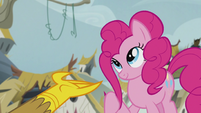 Pinkie pulls her hair S5E8