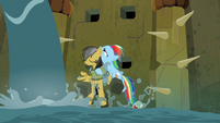 Rainbow Dash rescues Daring S4E04