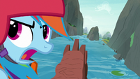 Rainbow tells students to keep paddling S8E9