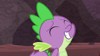 Spike grinning innocently S9E9