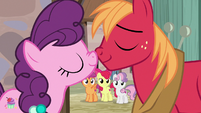 Sugar Belle and Big Mac nuzzle affectionately S7E8