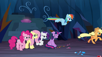 Applejack and Rainbow charge into battle S9E2