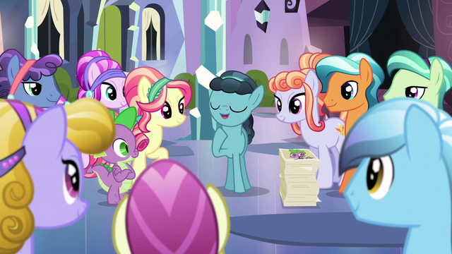 File:Crystal Hoof is the center of attention S6E16.png