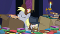 Derpy presenting a letter S6E25.png