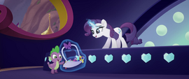 Rarity offering crystals to Spike MLPTM