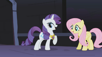 Rarity with her tail again S01E02