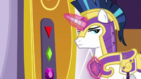 Shining Armor in front of throne room door S9E4