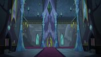 Starlight entering the darkened Castle of Friendship S6E25