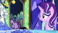 Starlight watches Twilight leave the throne room S7E26