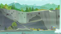 Wide view of Ghastly Gorge S8E19