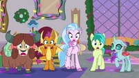 Young five gasping in shock S8E16