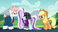 AJ --The schoolponies'll be so happy to hear that, Rara!-- S5E24