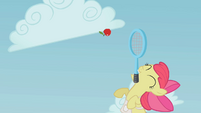 Apple Bloom jumping for the apple S1E12