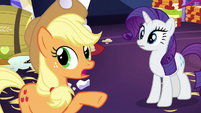 "Applejack ""everypony calm down"" S5E3"