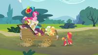 Applejack 'We travel the road of generations' S4E09