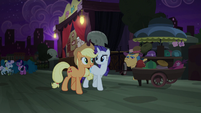 Applejack and Rarity ready to head home S5E16