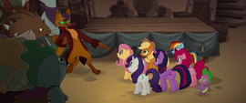 Capper pointing at the Mane Six's colors MLPTM