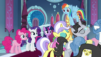 Committee walks away from Mane Six S9E13
