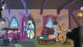 DJ Pon-3 enters the house S5E9.png