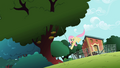 Fluttershy pulling S2E07.png