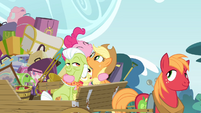 Pinkie Pie hugging the Apples S4E09