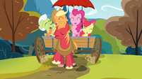 Pinkie and the Apples singing the reprise S4E09