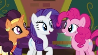 Rarity --try and drum up some business-- S6E12
