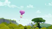 S03E09 Balon lecący nad lasem