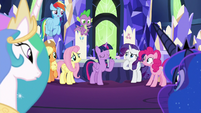 Twilight's friends look surprised at her S9E13