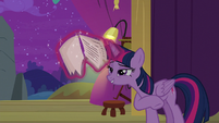 "Twilight ""artistic part with no lines"" S8E7"